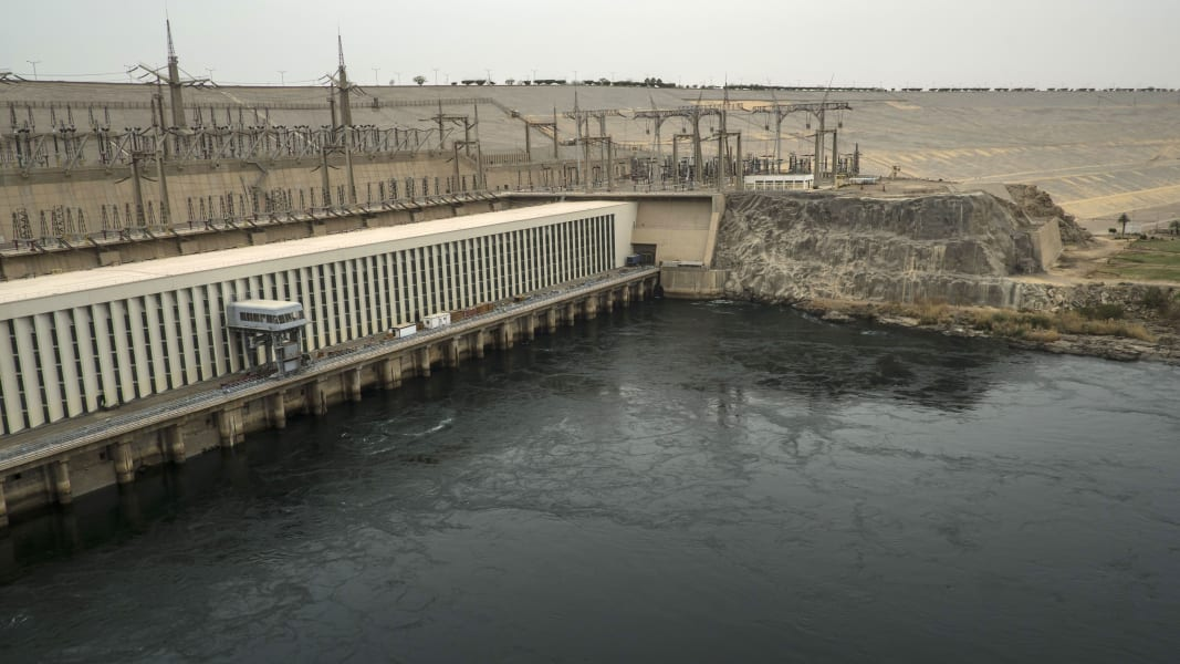 04 Ethiopia new dam threatens Egypt's water 100418