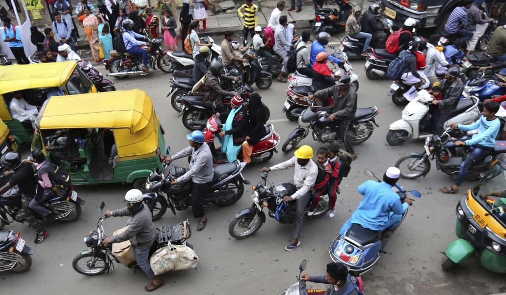 02 Bangalore traffic FILE
