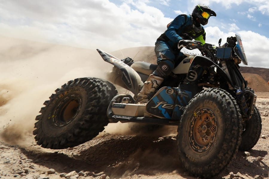 dakar rally quad bike