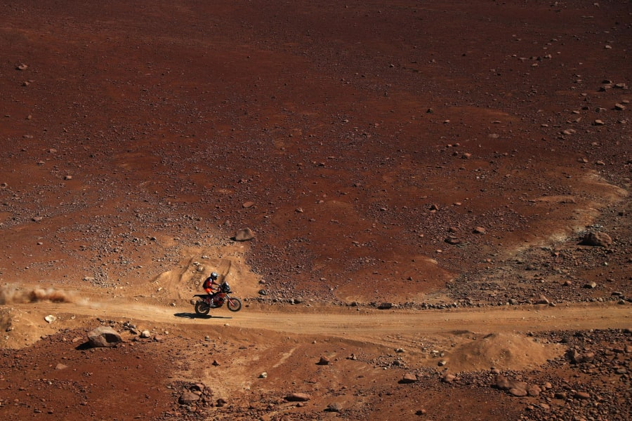 dakar rally red earth