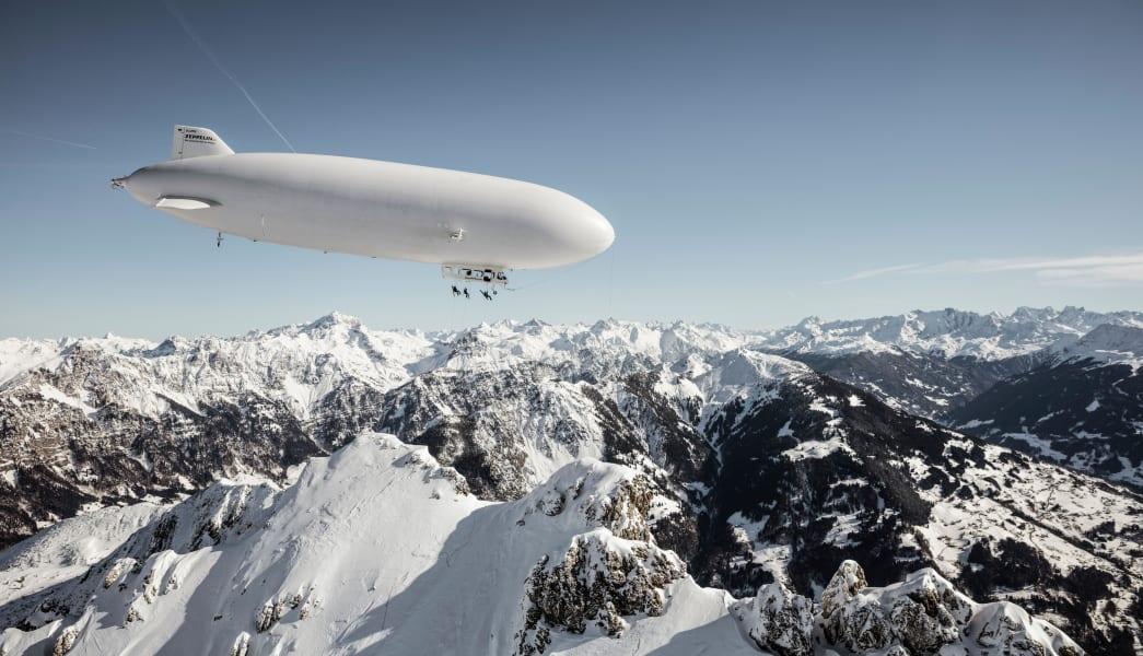 Zeppelin-skiing 01