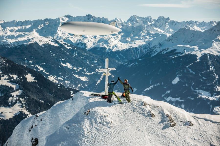 Zeppelin-skiing 10