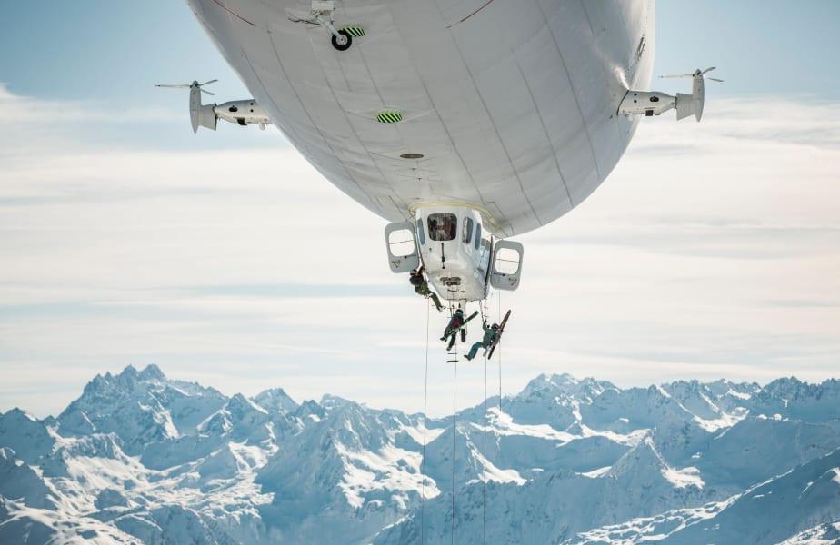 Zeppelin-skiing 13