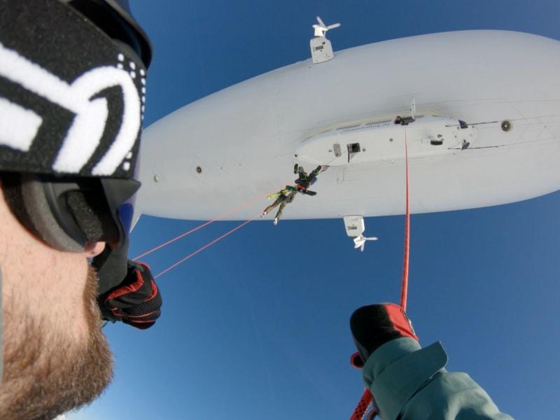 Zeppelin-skiing 15