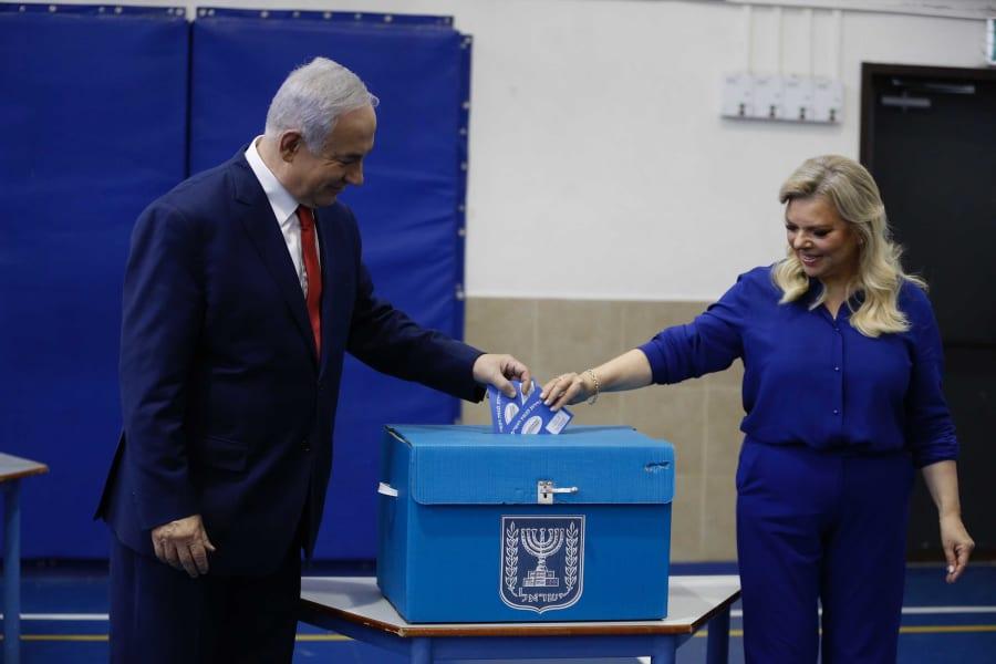 03 Israel voting 0409 Netanyahus