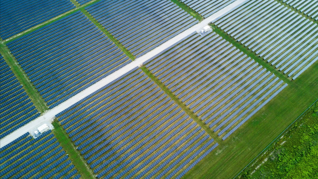 01 global solar megaprojects RESTRICTED