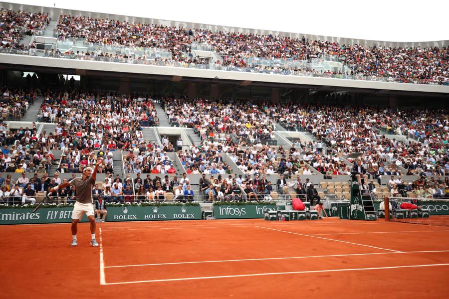 Federer crowd