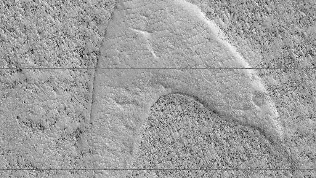 dune footprints mars