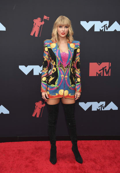 01 2019 vma red carpet Taylor Swift