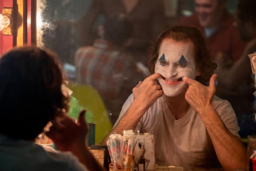 01 Joker movie Joaquin Phoenix