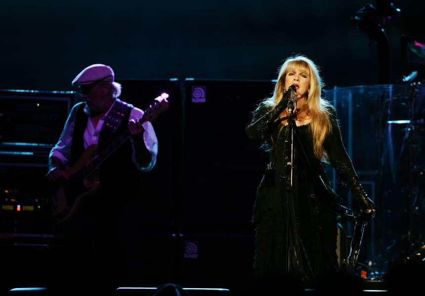 fleetwood mac green touring 2020 intl