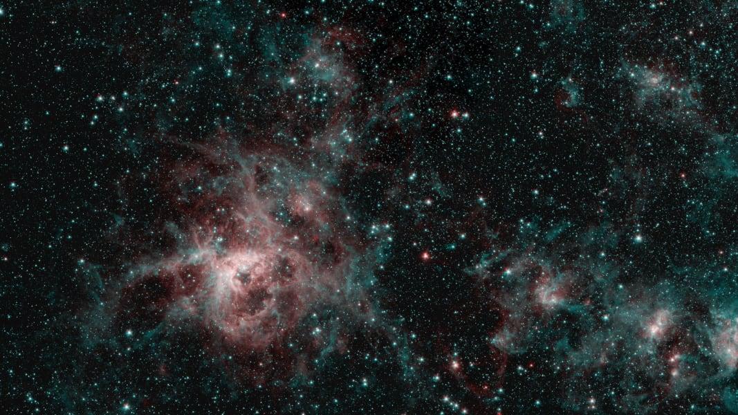 spitzer tarantula nebula