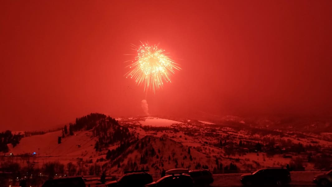 largest firework steamboat springs world record
