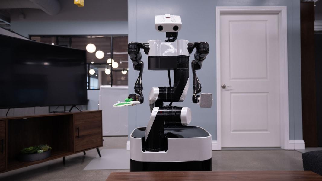 toyota robot helper