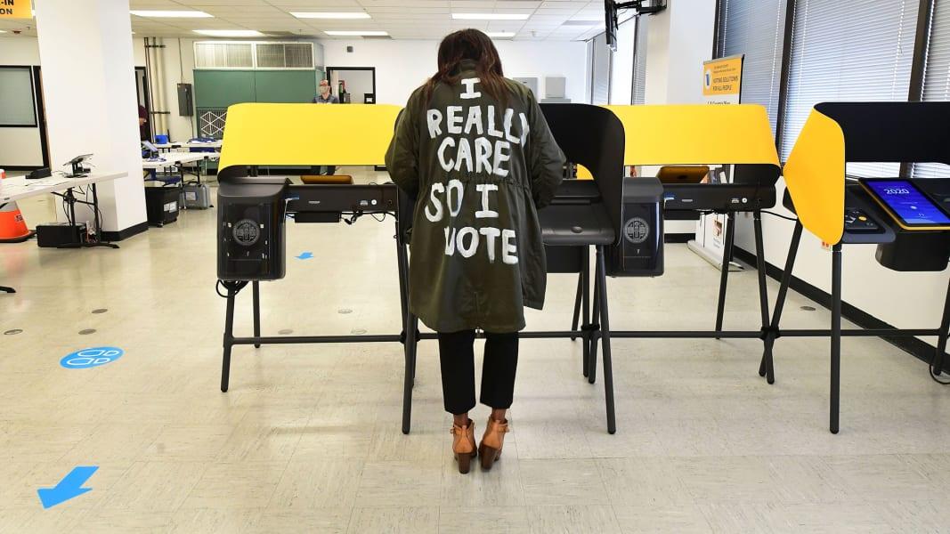 01 america votes 1021