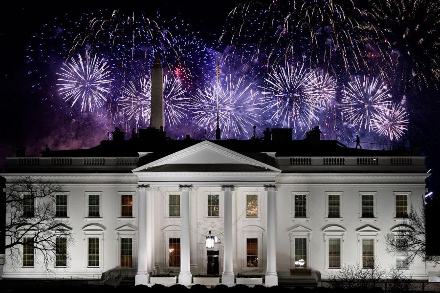 01 white house fireworks 0120