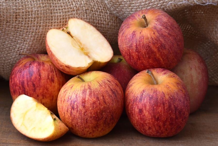 08 stress relieving foods wellness