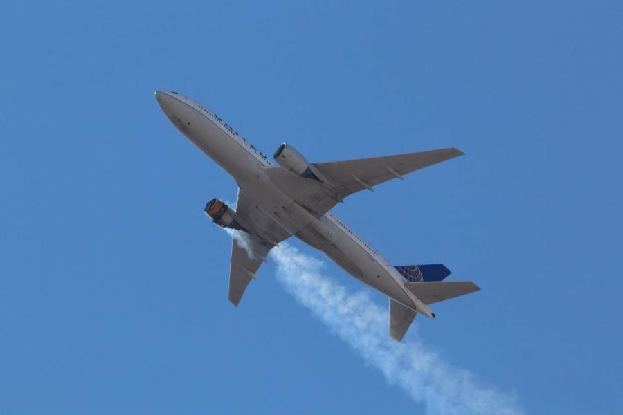 01 united airlines flight 328 colorado 0220