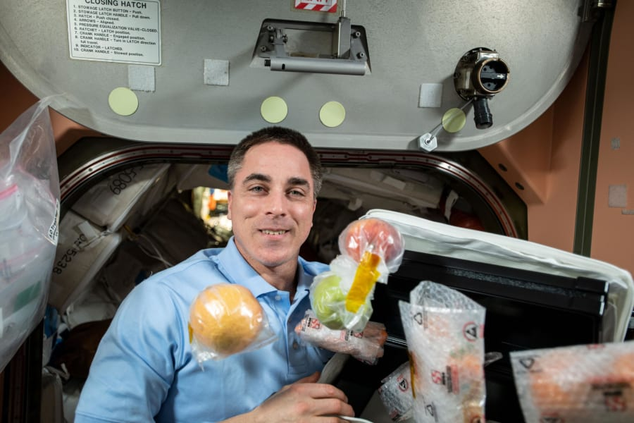 17 space food history