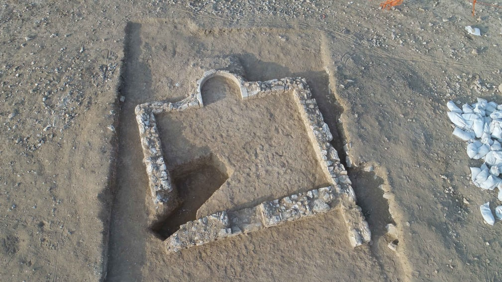 An ancient rural mosque, thought to be one of the world's earliest, has been discovered in the city of Rahat, in Israel's Negev desert.