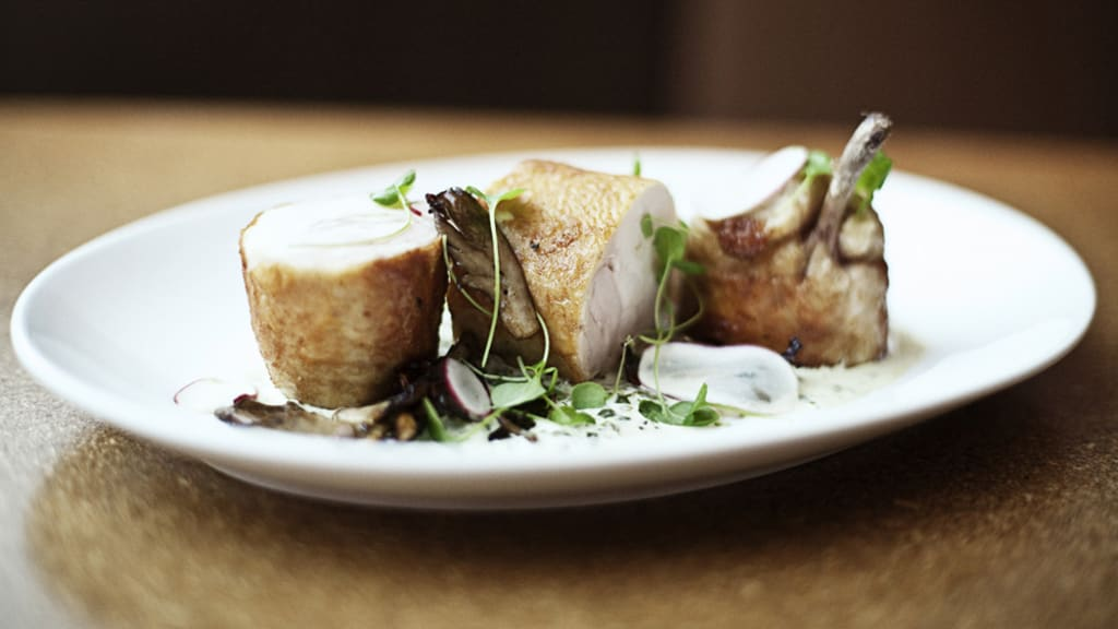Bon appétit! Amazing hotel room service | CNN Travel