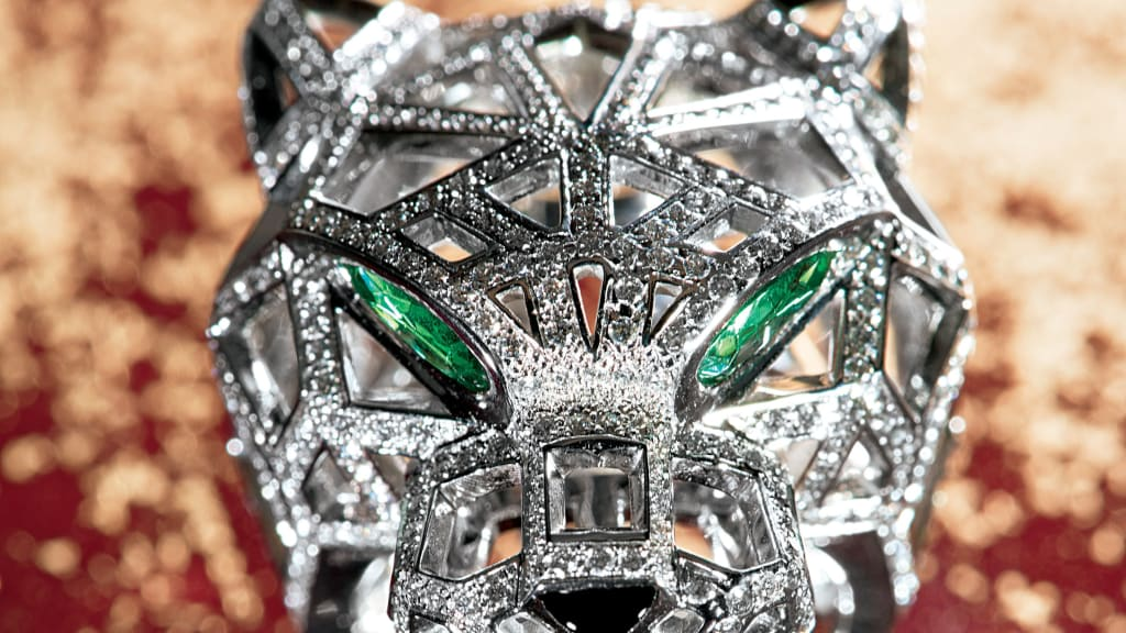 fashion attack b icones ring nes ic blog hommage shark event aux cartier jaguar