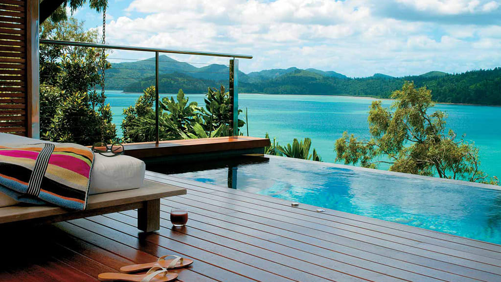 Beachfront Hotel 13 Qualia