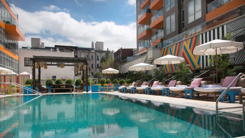 Brooklyn Hotels Mccarren Pool