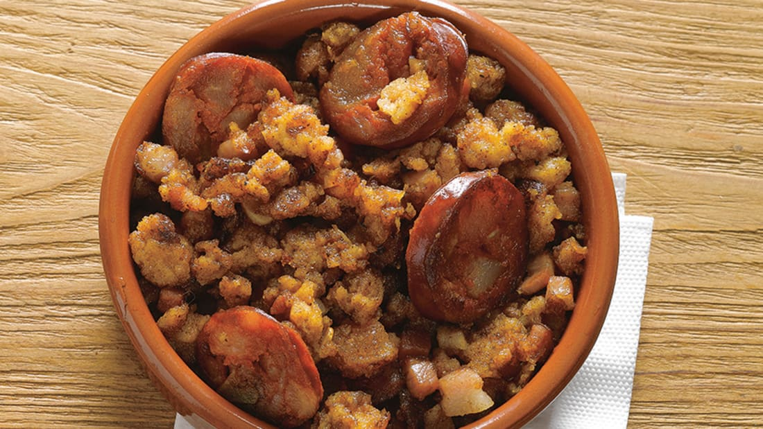 essential spanish dish migas-phaidon