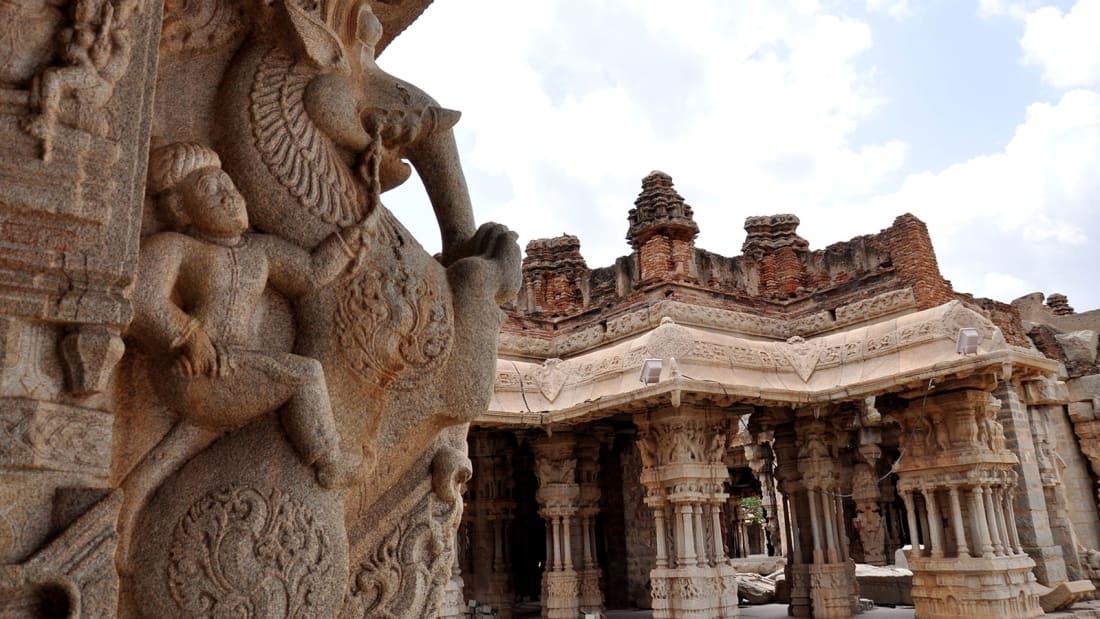 http3a2f2fcdn-cnn-com2fcnnnext2fdam2fassets2f170828123236-hampi-carvings-vittala-temple