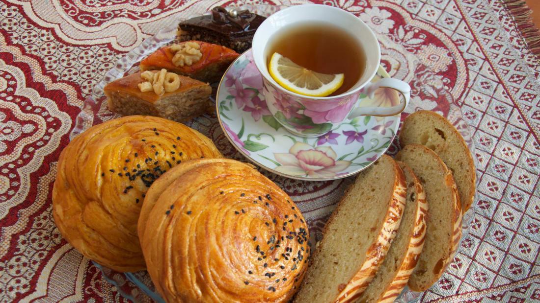 Azerbaijan-food-and-drink---desserts---Kamilla-Rzayeva
