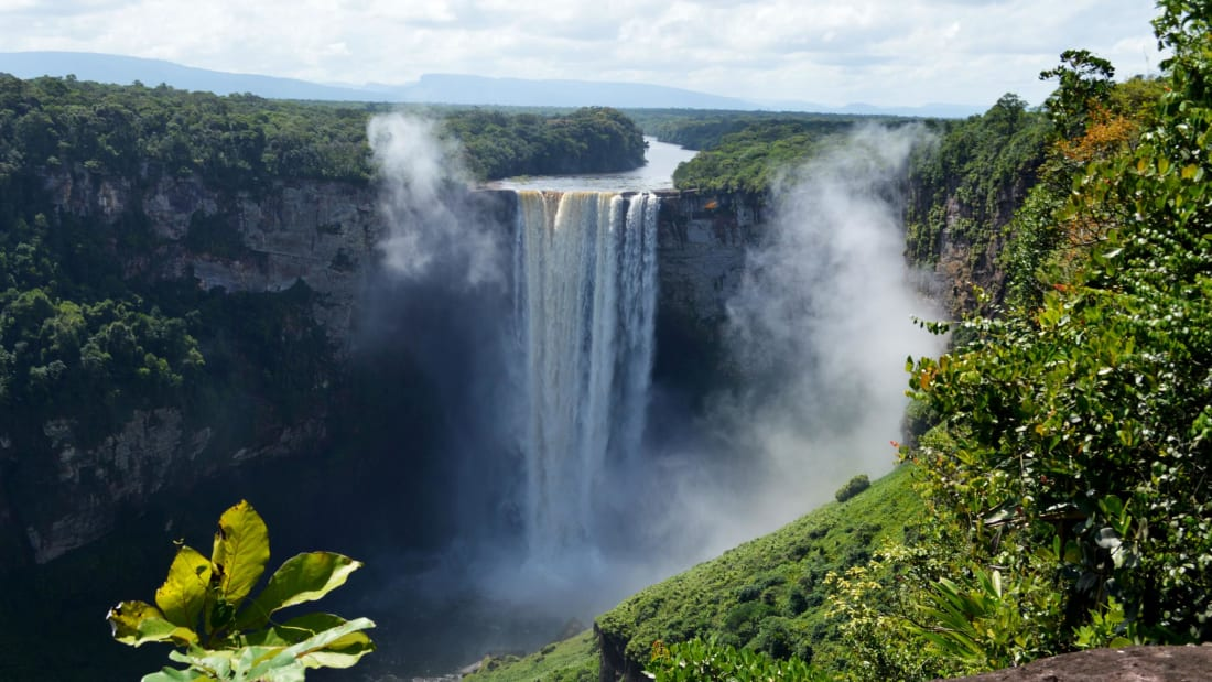 guianas kaieteur falls