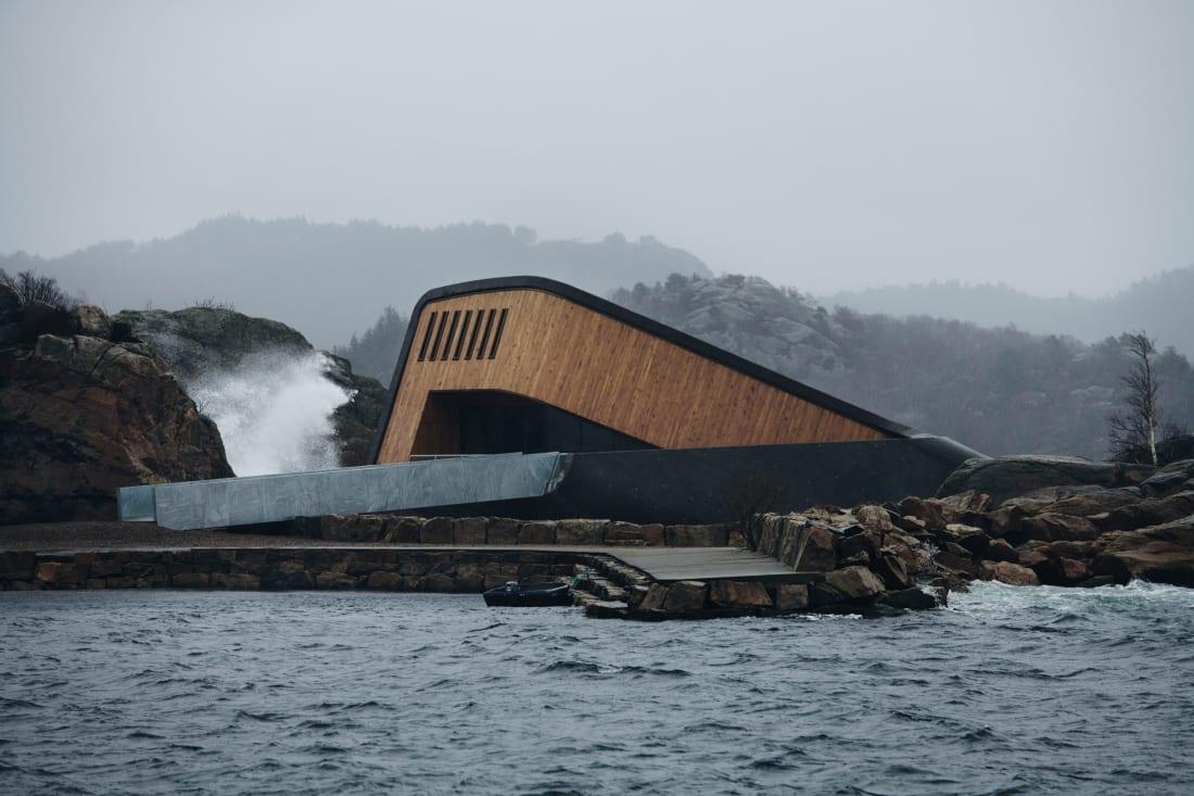 欧洲第一家水下餐厅开业