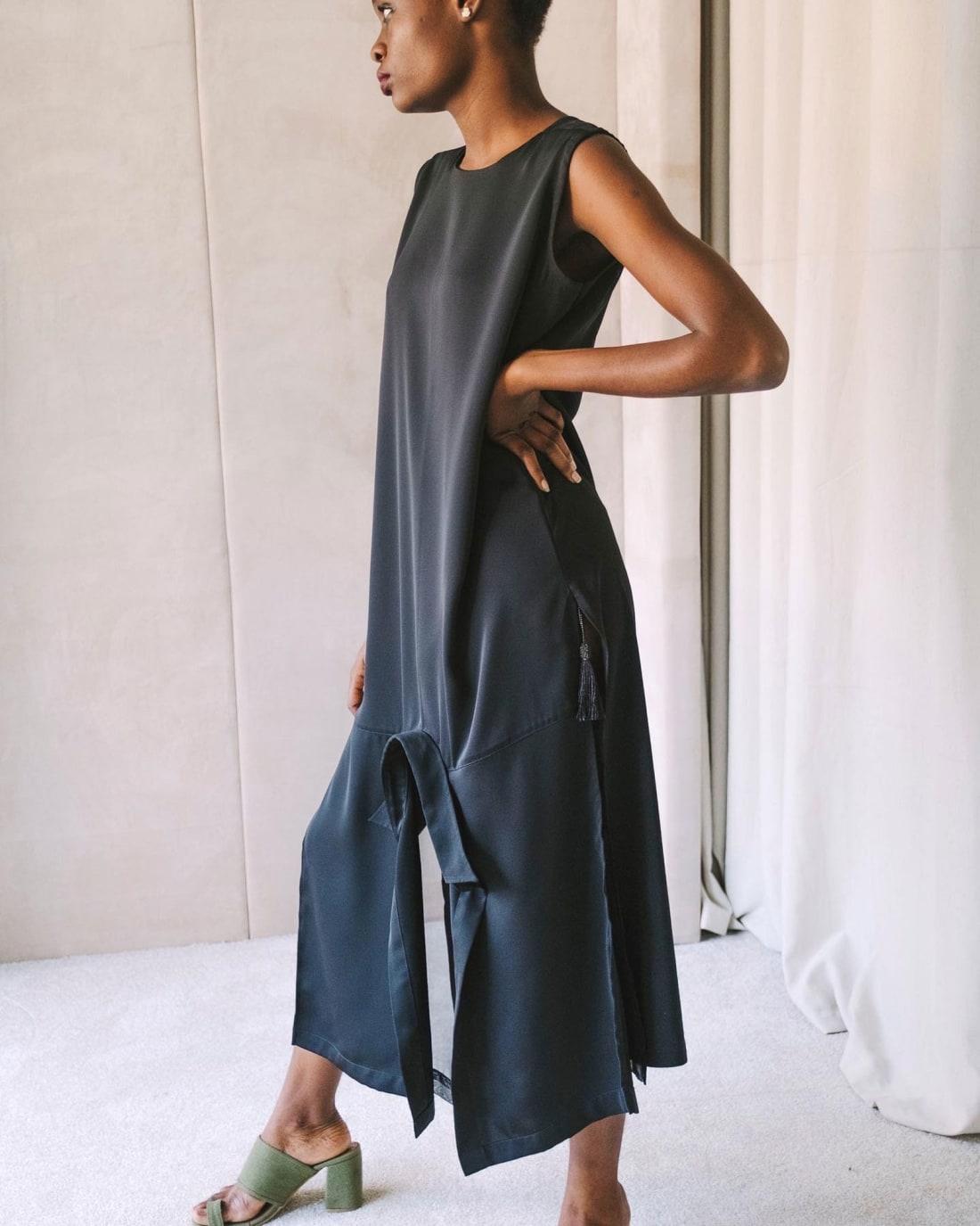 RESTRICTED 01 naomi campbell ian audifferen nigeria fashion hnk spc intl