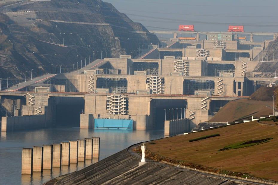 28 three gorges dam 2004