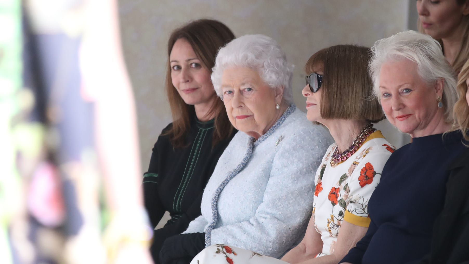 Queen Elizabeth joins Anna Wintour on front row of London Fashion Week - CNN Style