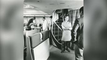 The original aircraft, which featured 27 First Class and 292 Economy seats, featured an upper deck containing a lounge.