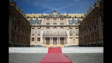 Visiting Versailles? Tips to see France's famous palace