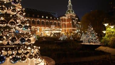 Christmas Lights Around The World 9 Spectacular Displays Cnn Travel
