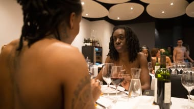 Onaturel Paris First Naked Restaurant To Close Cnn Travel
