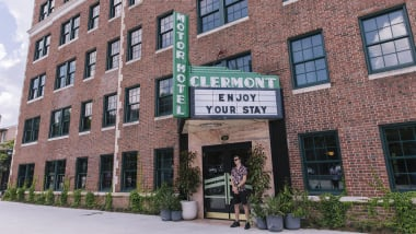 Clermont Lounge: Strip club meets boutique hotel in Atlanta