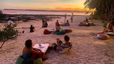Philippines beach club owner rips into freeloading Instagram