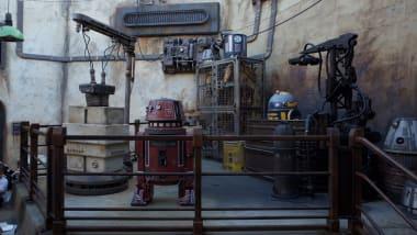 Star Wars: Galaxy's Edge opening day from inside Disneyland
