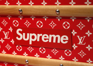 a1f0f21fcfbf Battle of Supremes  How  legal fakes  are challenging a  1B brand ...