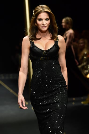 Stephanie Seymour presents a creation during the Versace Autumn-Winter 2019 cc47e8ef1ccf6