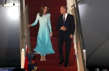 Kate Duchess Of Cambridge Spotlights Pakistani Designers On Five Day Tour Cnn Style