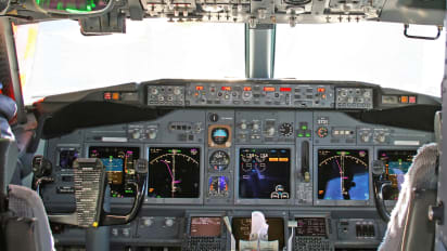 FAA: Overweight pilots, controllers must be tested for sleep