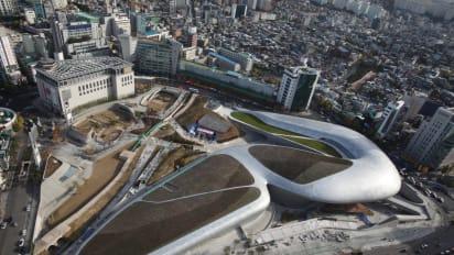 Seoul Unveils 451 Million Dongdaemun Design Plaza Cnn Travel