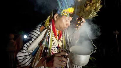 Ayahuasca retreats: Do hallucinations, vomiting improve life? | CNN