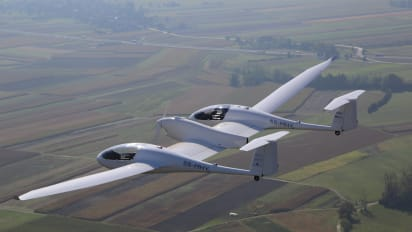 The plane that runs on hydrogen and emits only water | CNN Travel